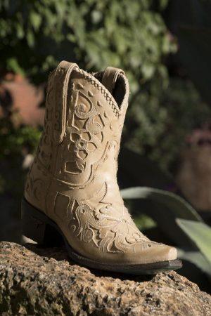 Robin Cowgirl Booties
