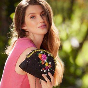 Cuteness Beaded Crossbody Makeup Bag